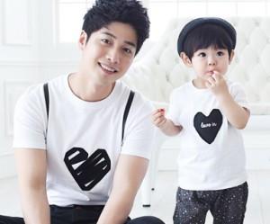 ブラックハート円形パパと赤ちゃんショートTシャツ_15B08