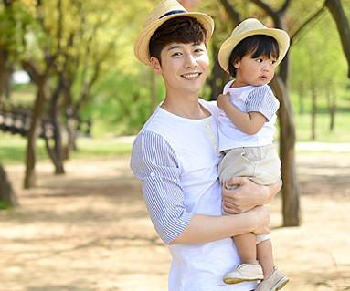 ウィドゥミファミリーパパと赤ちゃんショートTシャツ_16B08