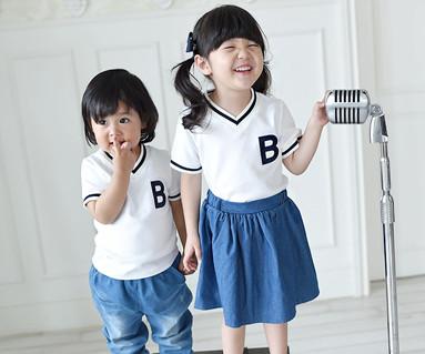 サマースクールの赤ちゃんショートTシャツ16B11K