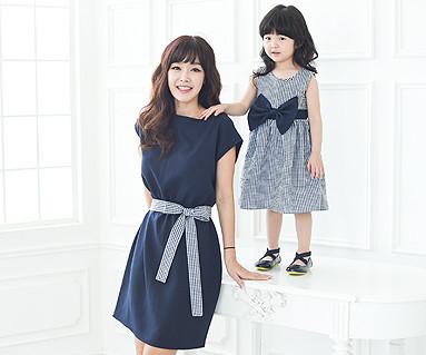 ロイヤルガーデン家族の母親と赤ちゃんショートTシャツ_16B06