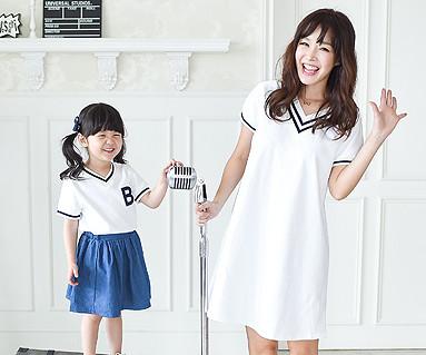 サマースクール家族の母親と赤ちゃんショートTシャツ_16B11