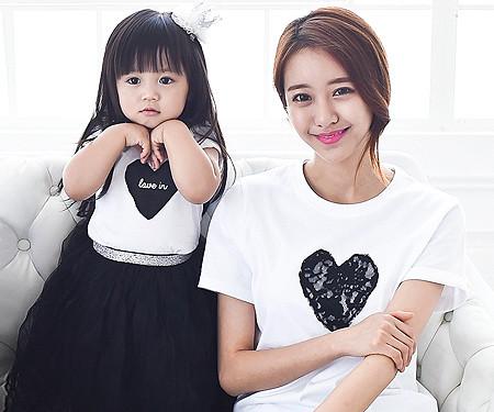 ブラックハートラウンドTママと赤ちゃんショートTシャツ_15B08WK