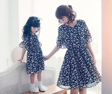 フラワーママと赤ちゃんショートTシャツ_17B12WK