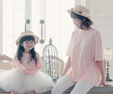 """リトルハートママと赤ちゃんショートTシャツ17B08WK<font color=""""#FF6666""""><strong>[注文可能]</strong>"""
