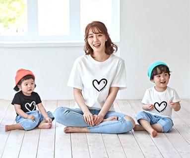 """<font color=""""ffffff"""">[家族ショートTシャツティー&ファミリールック] <br></font>ハートハートママと赤ちゃんショートTシャツ_19B07"""