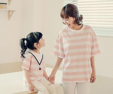 "<font color=""ffffff"">[家族ショートTシャツティー&ファミリールック] <br></font>ビッグstママと赤ちゃんショートTシャツ_17B18"